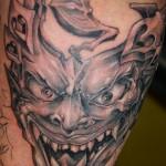 Авторска татуировка -Маска в стил Кубизъм